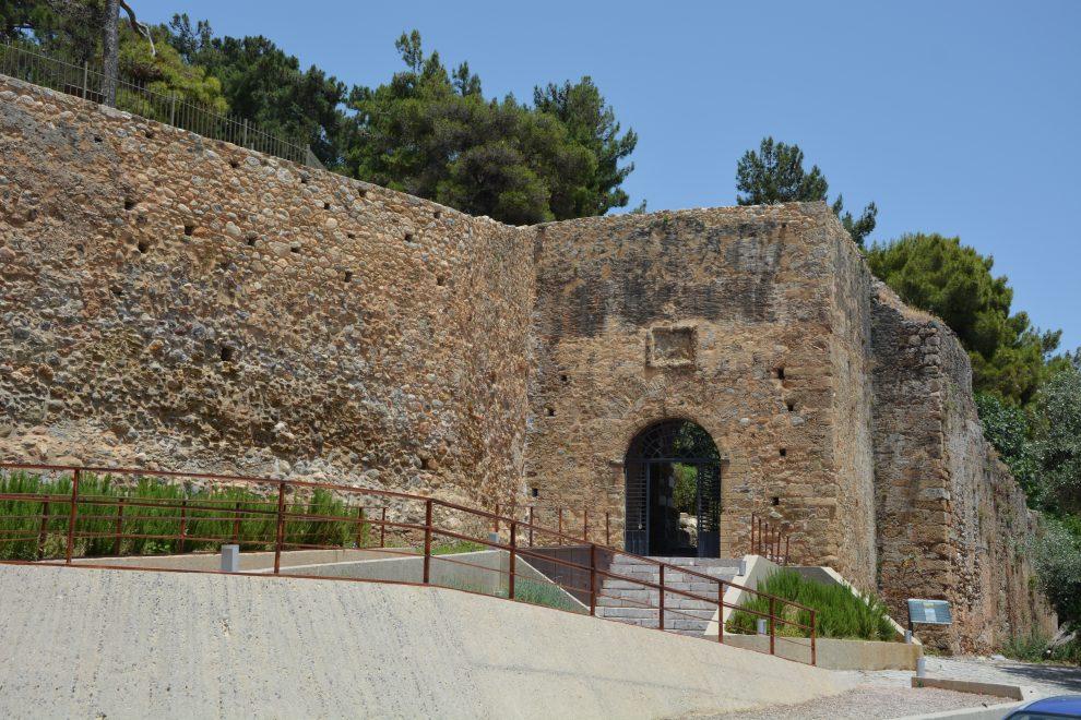 Αρχαιολογικοί χώροι στη Μεσσηνία: Κλειστοί από χθες ως την Πέμπτη λόγω υψηλών θερμοκρασιών