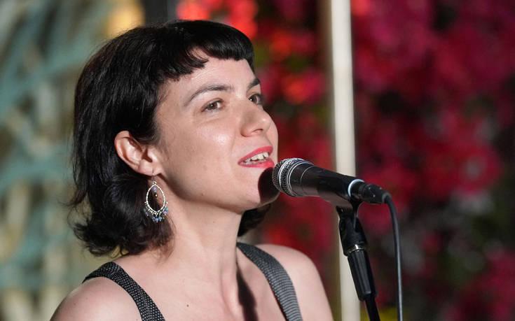 Με την Ανδριάνα Μπάμπαλη συνεχίζονται οι «Μουσικές διαδρομές» στον κήπο του Μεγάρου Χορού