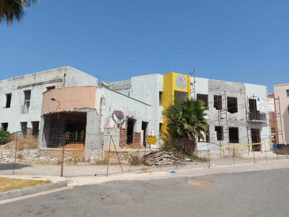 Νέο κτήριο ΔΕΥΑΚ: Ένα επικίνδυνο κουφάρι που «παραμένει στον αέρα»