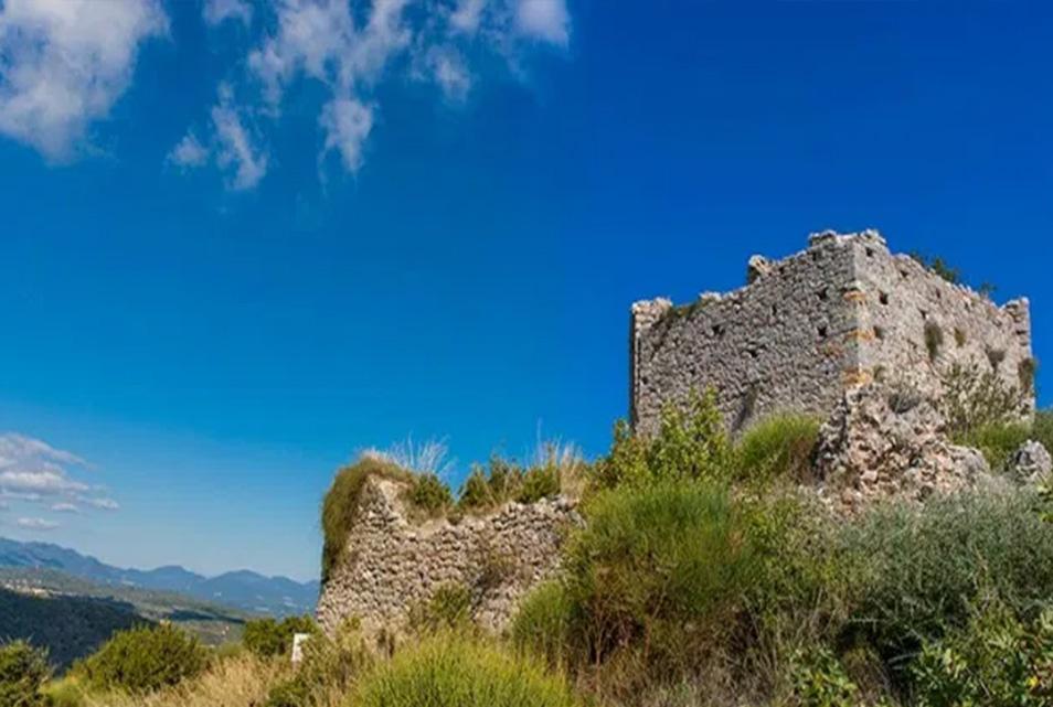 Εξόρμηση στο Κάστρο του Πέρα